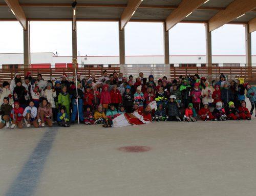 Nikolaus-Feier auf dem Eis